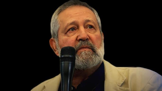Zdjęcie przedstawiające wykładowcę podczas seminarium